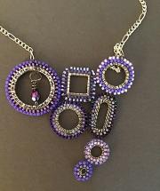 Necklace - Brickstitch Closeup 01