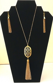 Necklace with Tassels 03